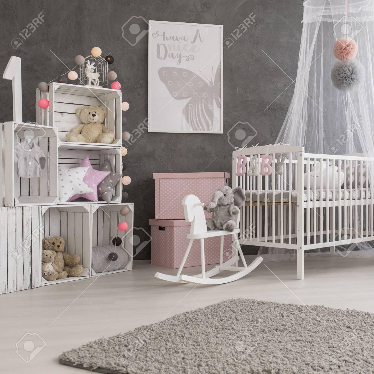 Plan D Une Chambre Confortable Et Moderne Bebe Fille