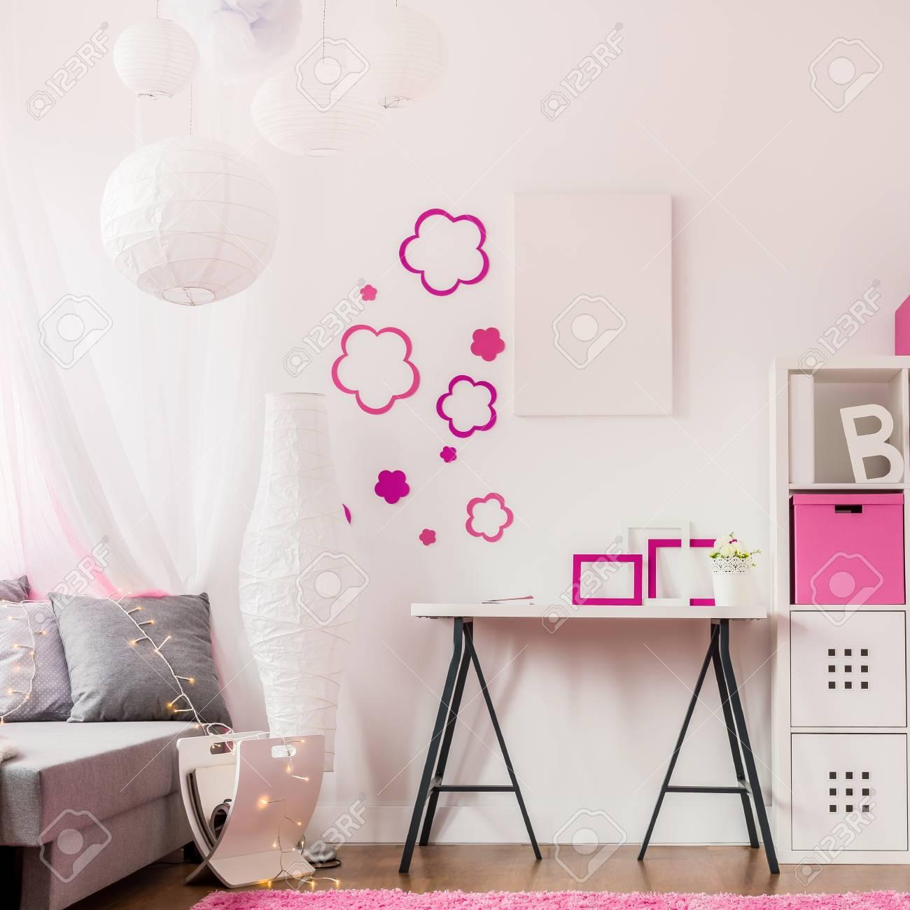 Bild Des Modernen Zimmer Mit Modernen Kindermöbel Lizenzfreie Fotos