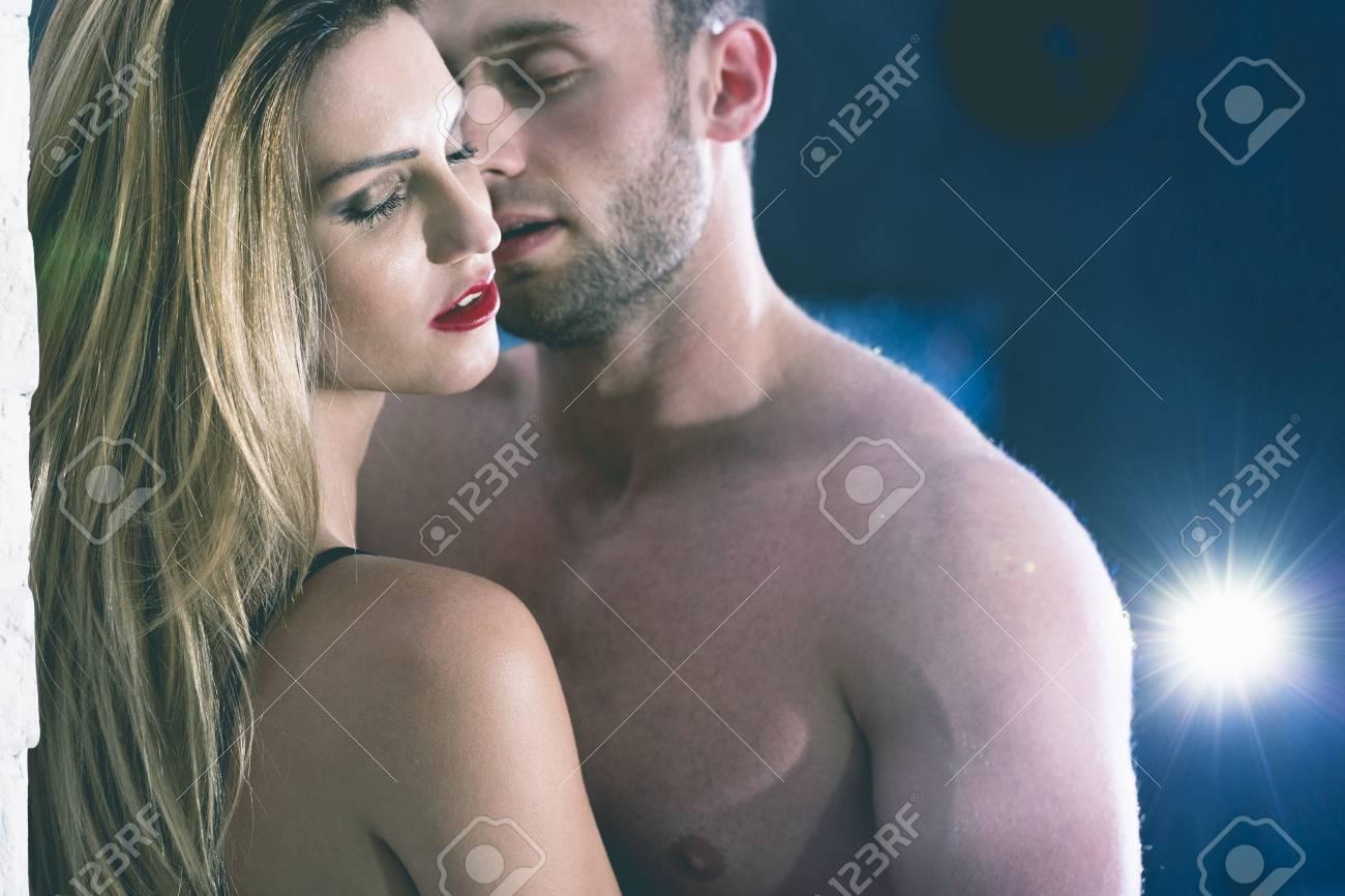 videosexe com professeur se tourne vers le porno