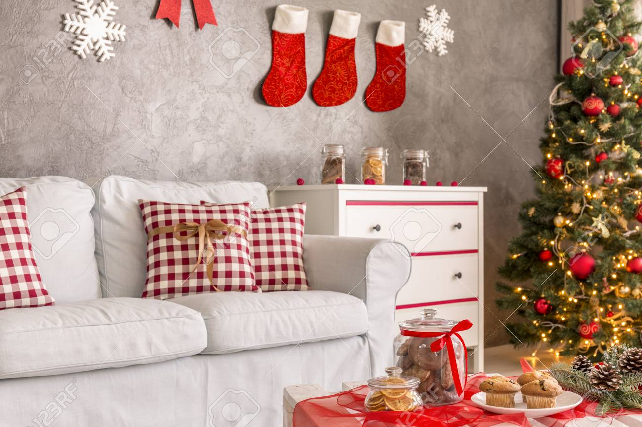 New Style Living Room With Traditional Christmas Decorations