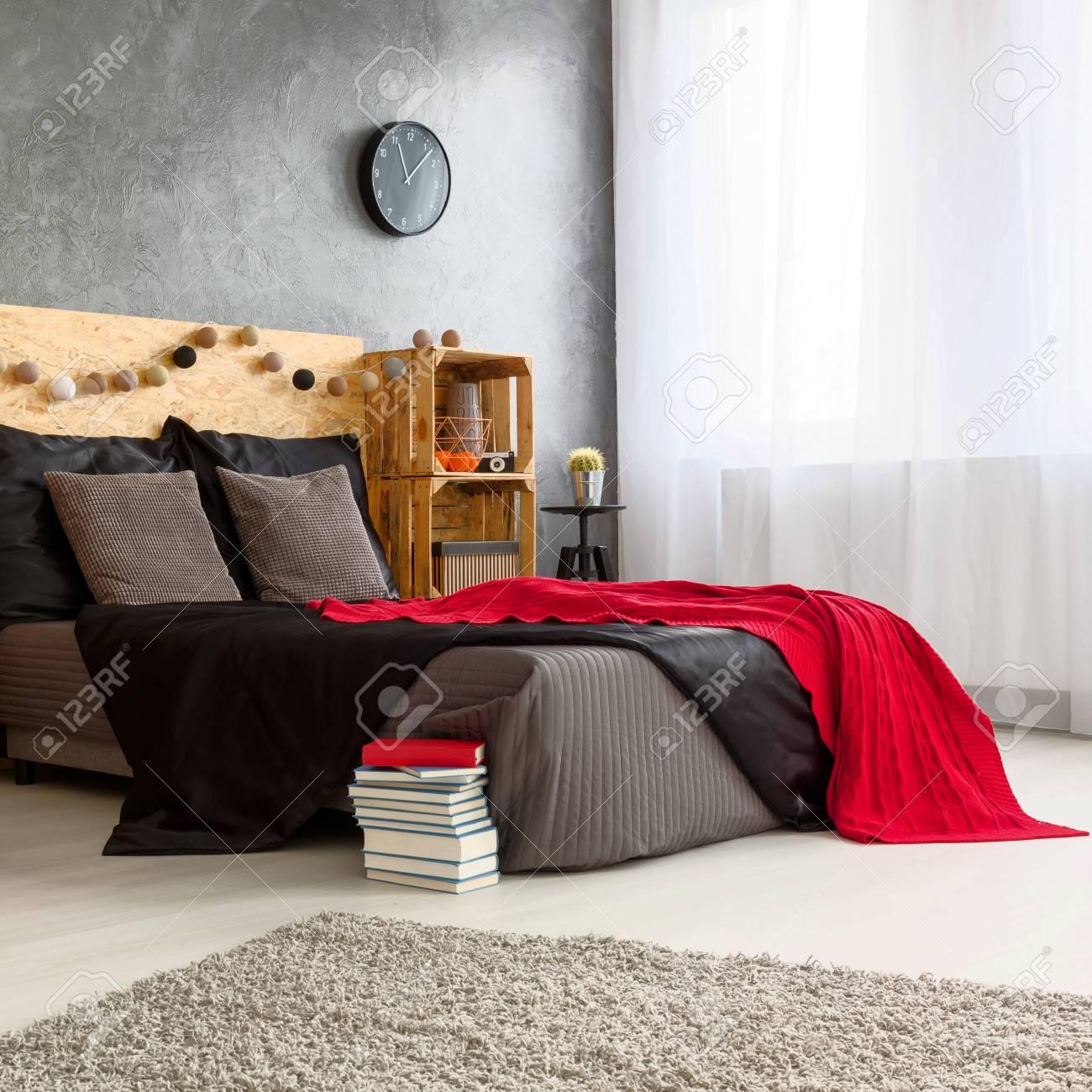 modernes schlafzimmer design, modernes schwarz rot weiß schlafzimmer design lizenzfreie fotos, Design ideen