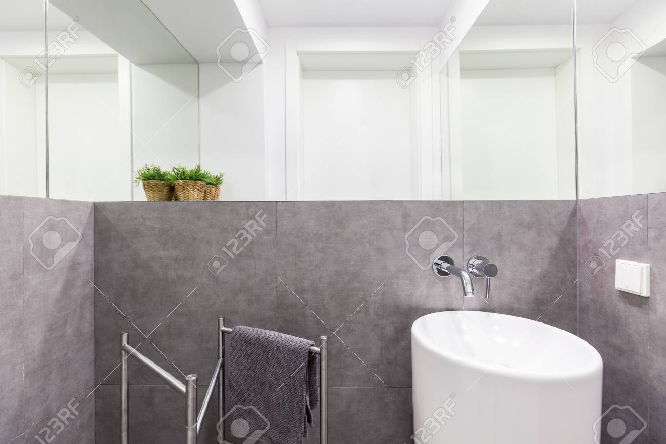 Simple Small Bathroom With Gray Granite Walls, White Modern Sink ...