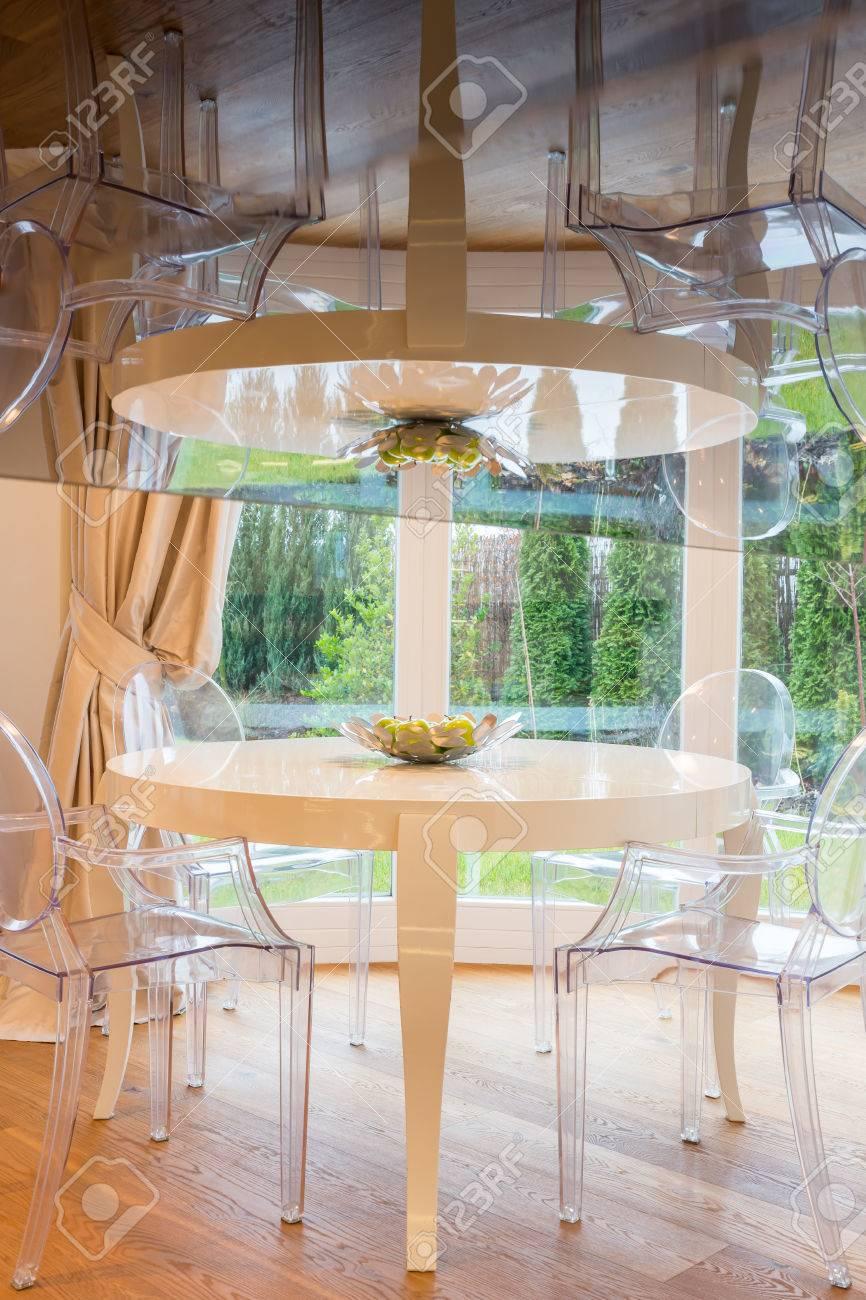 banque dimages salle manger royale avec table et chaises ovales