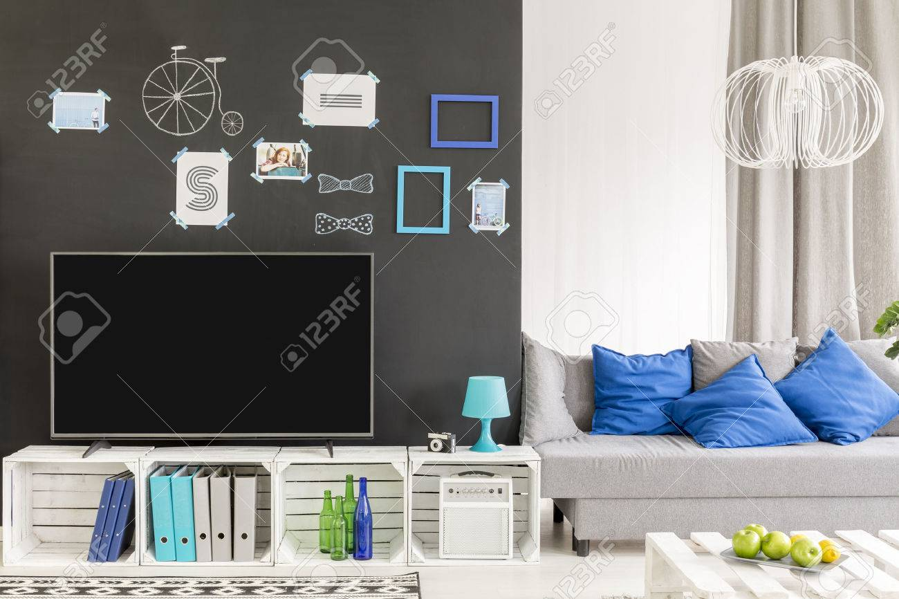 Hipster Tv Living Room With Crate Furnitire And Sofa Stock Photo  # Meuble Tv Ypster