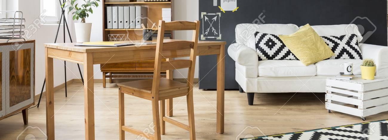 Gemutliche Neue Flache Skandynavischen Stil Mit Holz Schreibtisch