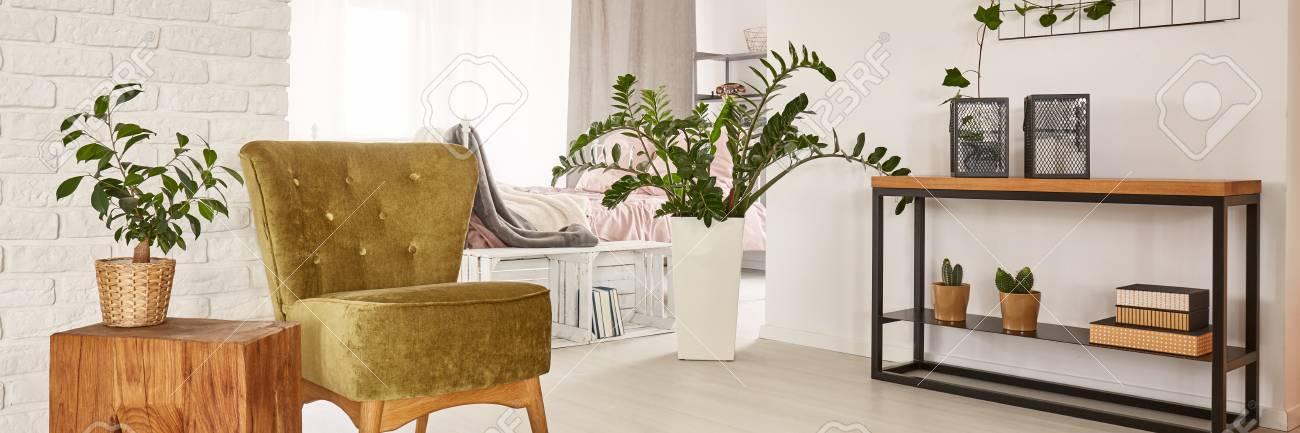 Charmant Moderne Und Gemütliche Wohnzimmer Und Schlafzimmer Design Standard Bild    70228808