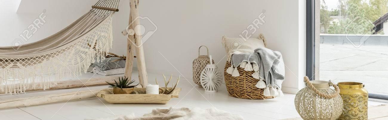 Décoration Moderne Du Salon Avec Hamac Blanc Banque Dimages Et