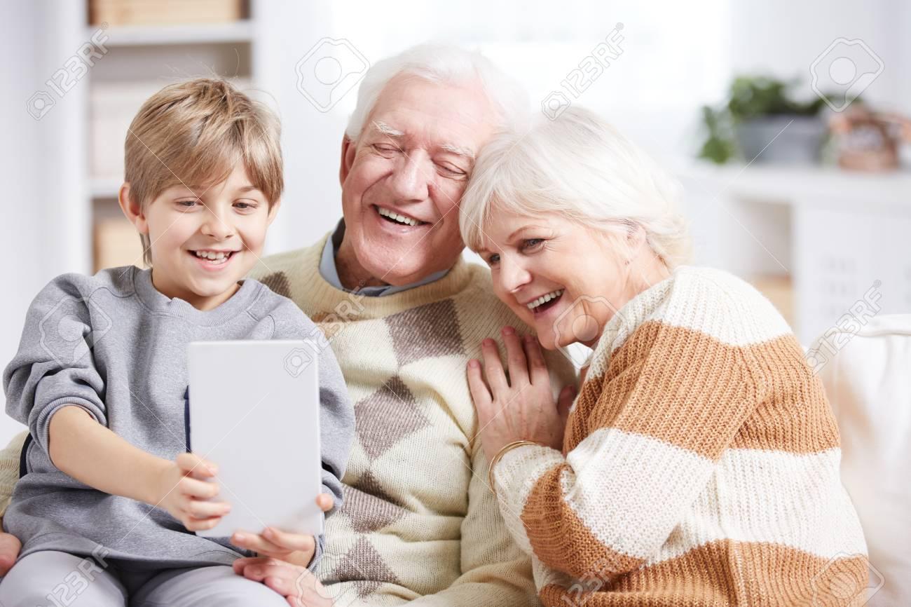 nonni con grandi nero maschi avendo sesso