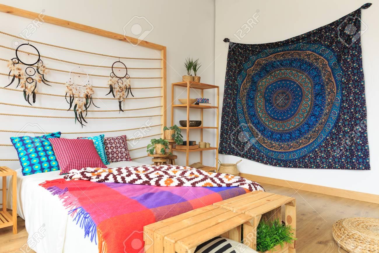 Dormitorio Multicolor Con Diseo Etreo Etnico Y Estilo Fotos