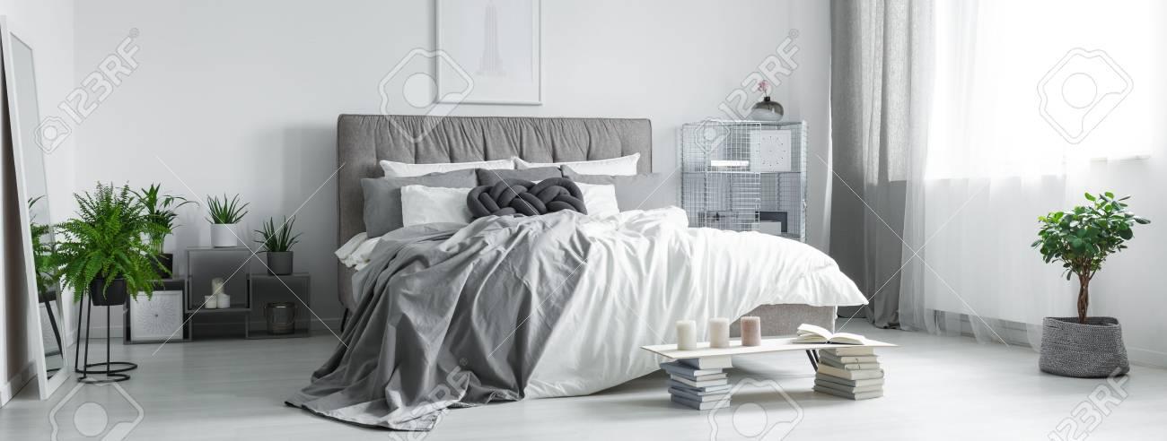 Gemütlich Rahmen Kingsize Bett Galerie - Bilderrahmen Ideen - szurop ...