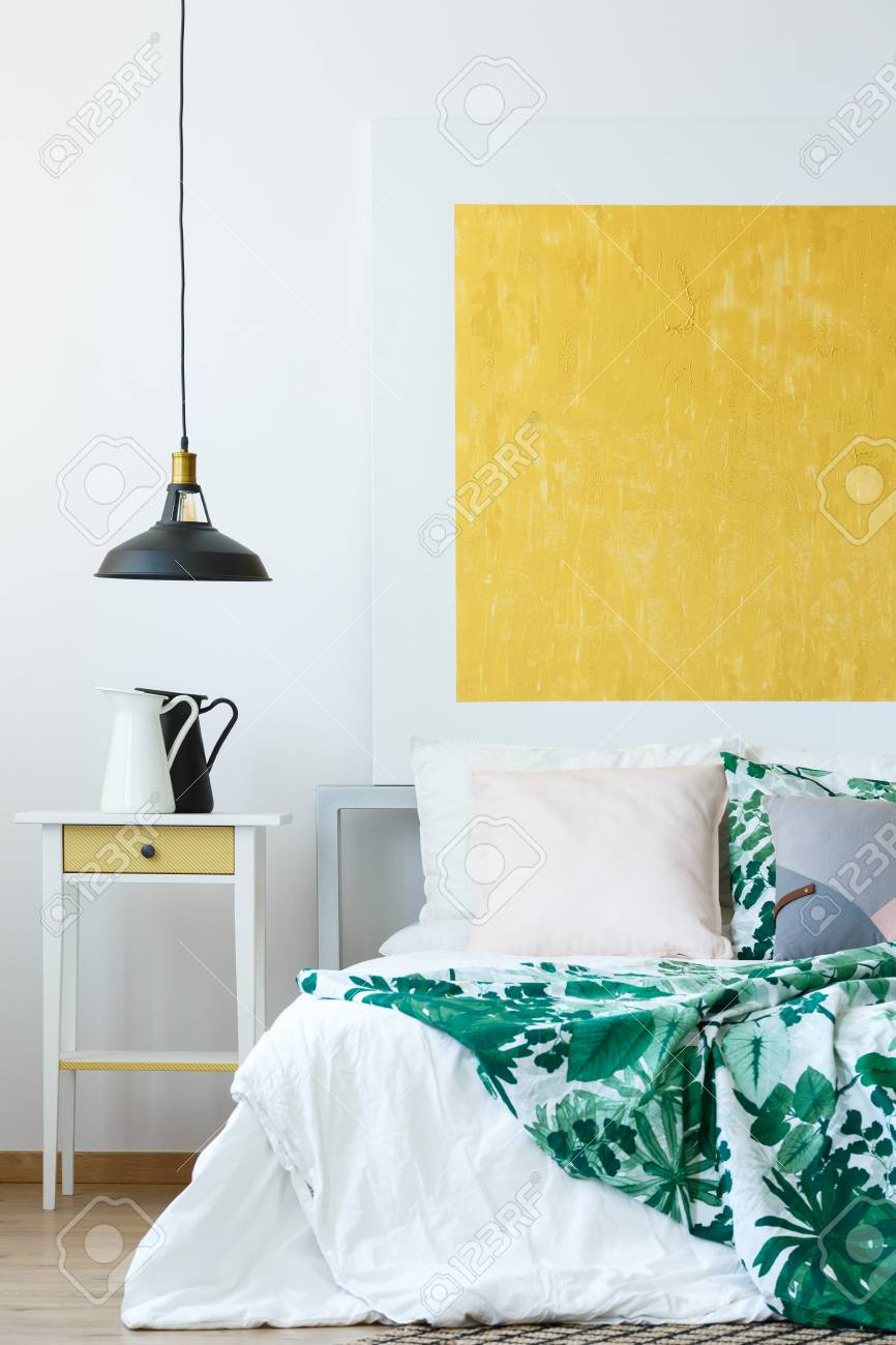 Pendant Lamp, Tropical Bedclothes And Yellow Abstract Wall Decor ...