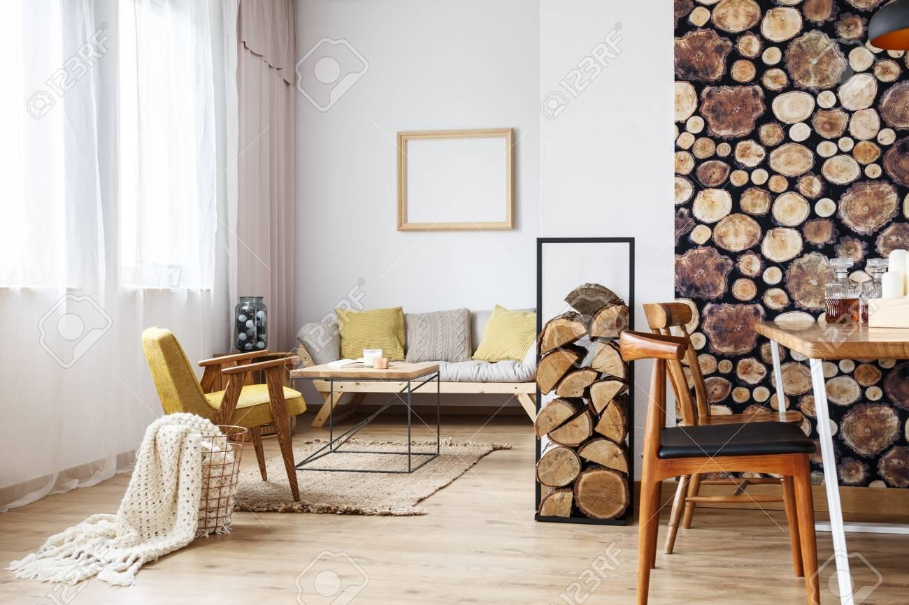 Design Eines Multifunktionalen Interieurs Mit Natürlichem Holzdekor ...
