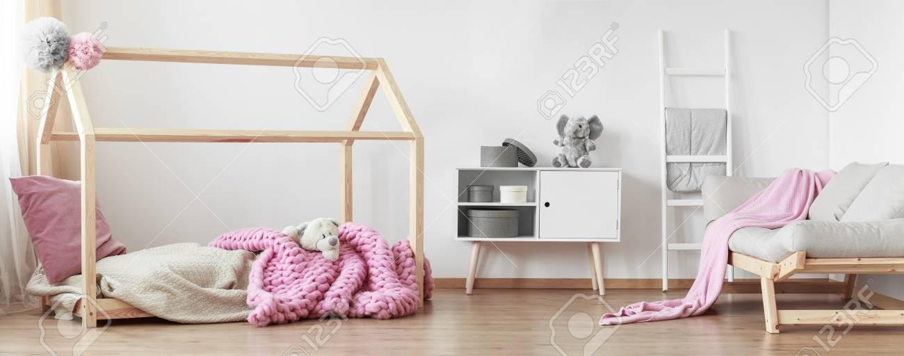 Skandinavischer Stil Kinderzimmer Interieur Mit Modernen Mobeln