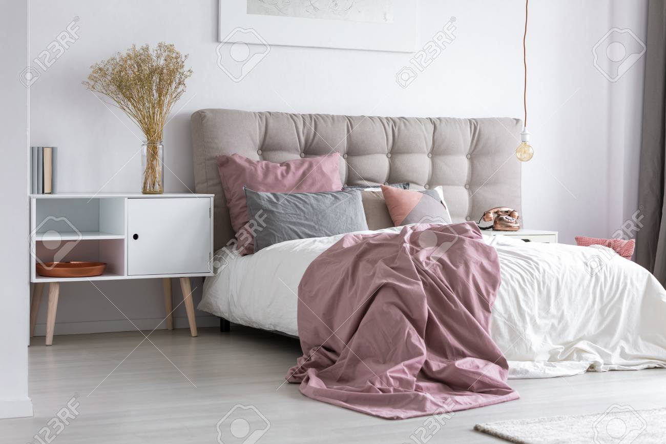 curvy bed ideas walls bedroom for headboard painting with pink feminine on horizontal fabulous and stripes white