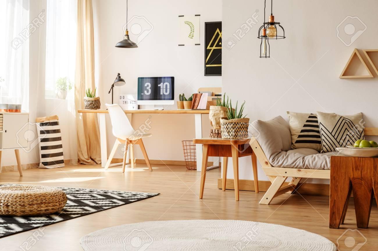 Anspruchsvoll Sofa Scandi Ideen Von Braided Pouf On Carpet In Freelancer
