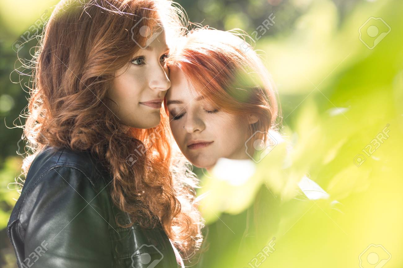 Pictures of lesbian lovers — 7