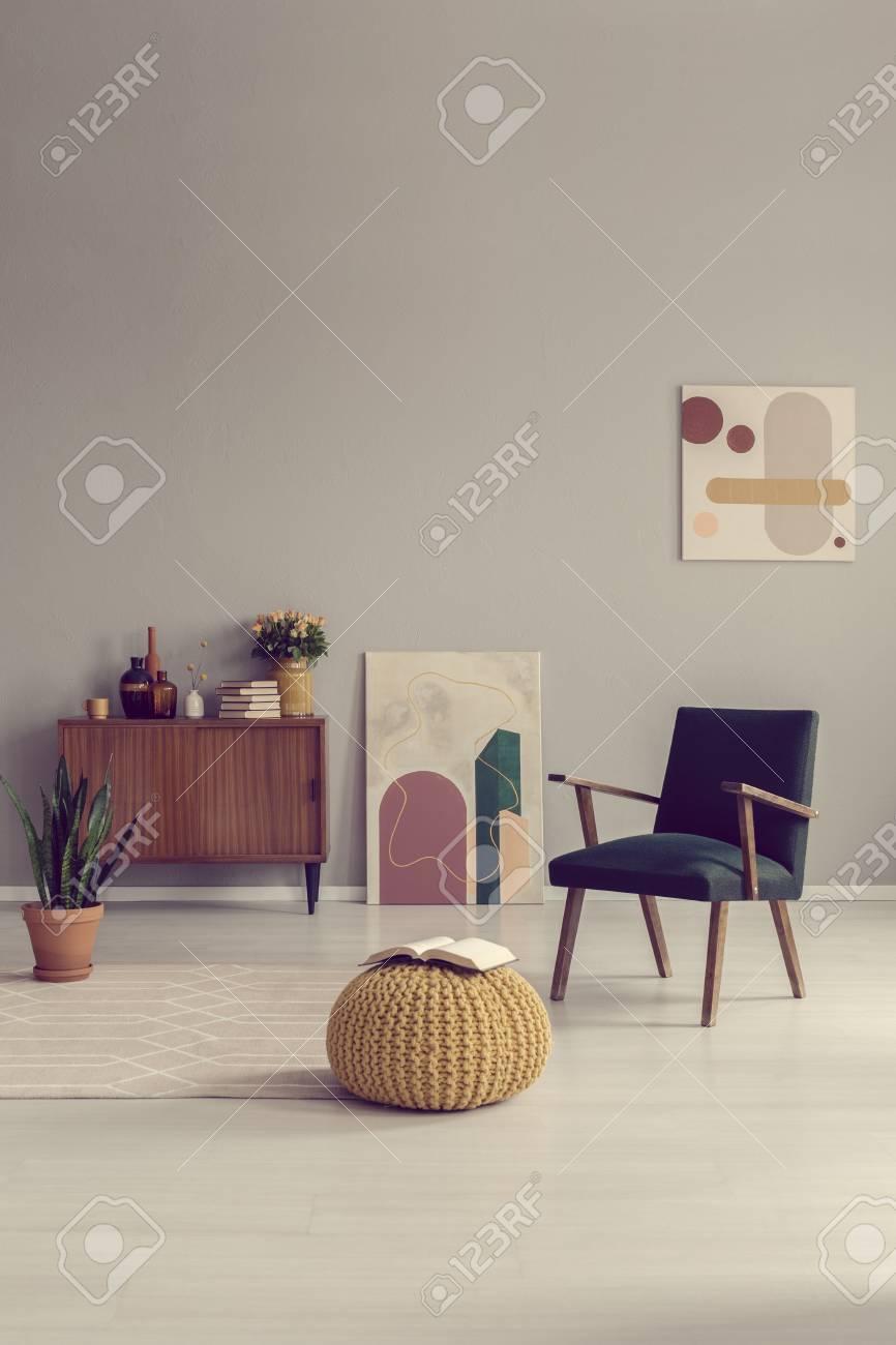 Mid century living room interior design with retro furniture - 121161416