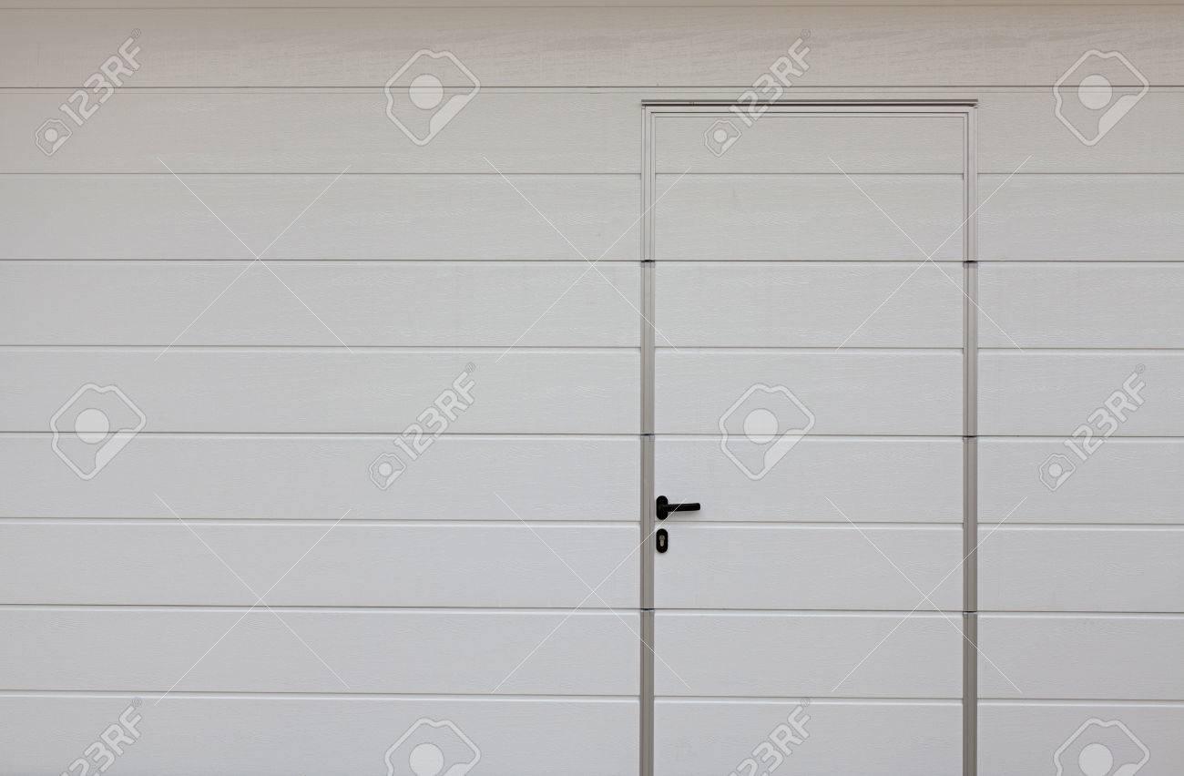 Verschiedene Garagentor Größe Sammlung Von Moderne Garagentor. Große Automatische Und über Mit