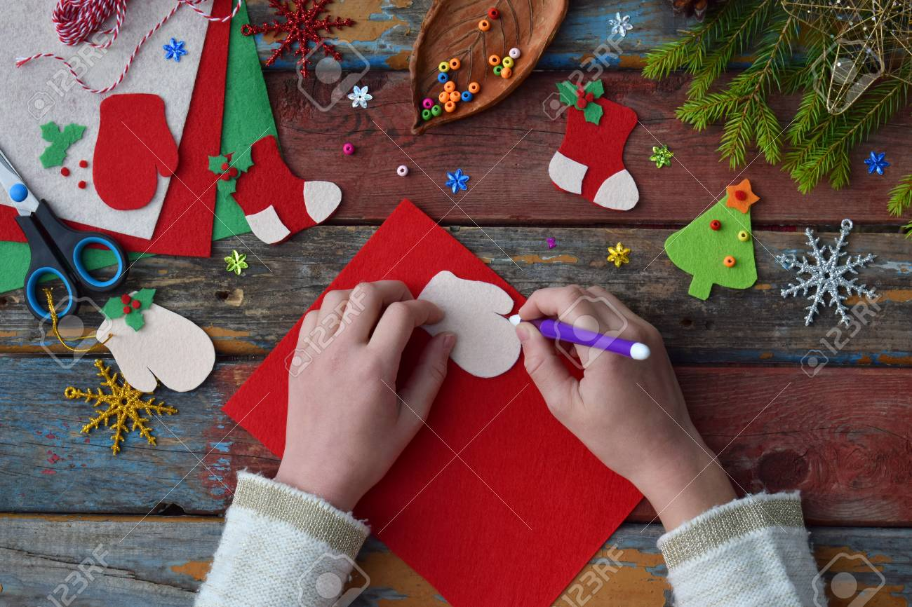 How to make a Christmas tree with your own hands with your child
