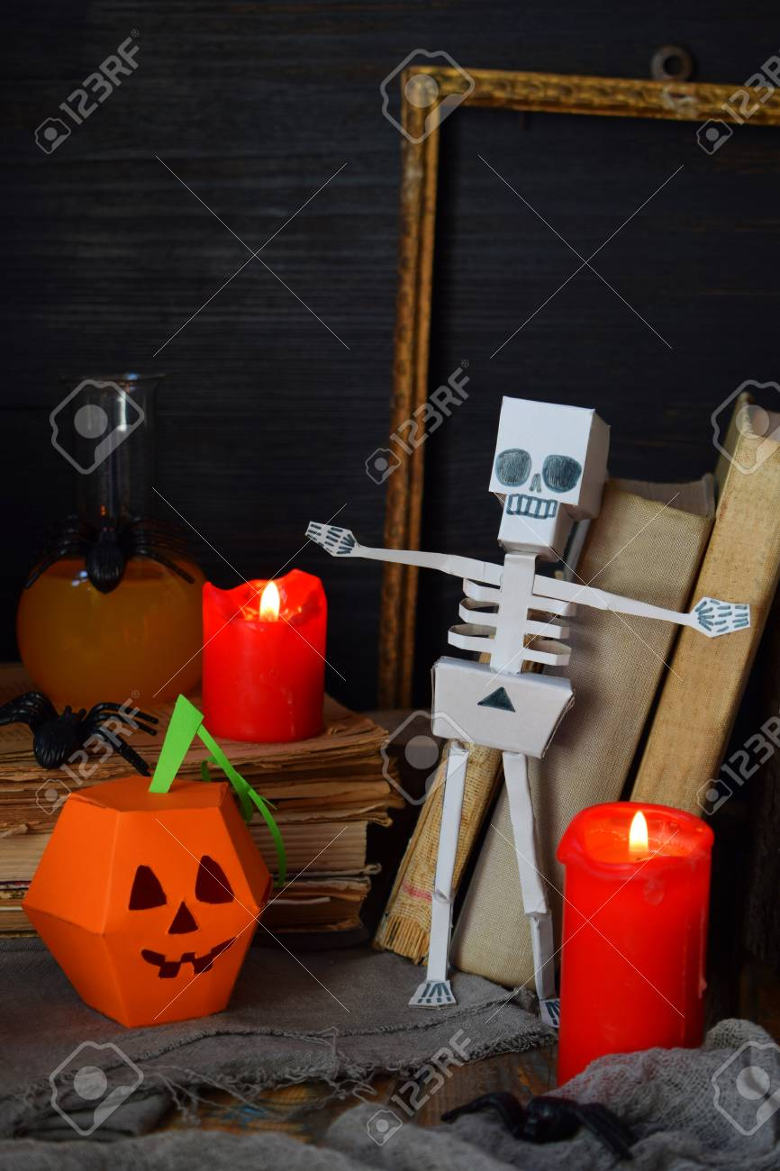 Diy Halloween Decor Pumpkin And Skeleton From Paper Spider