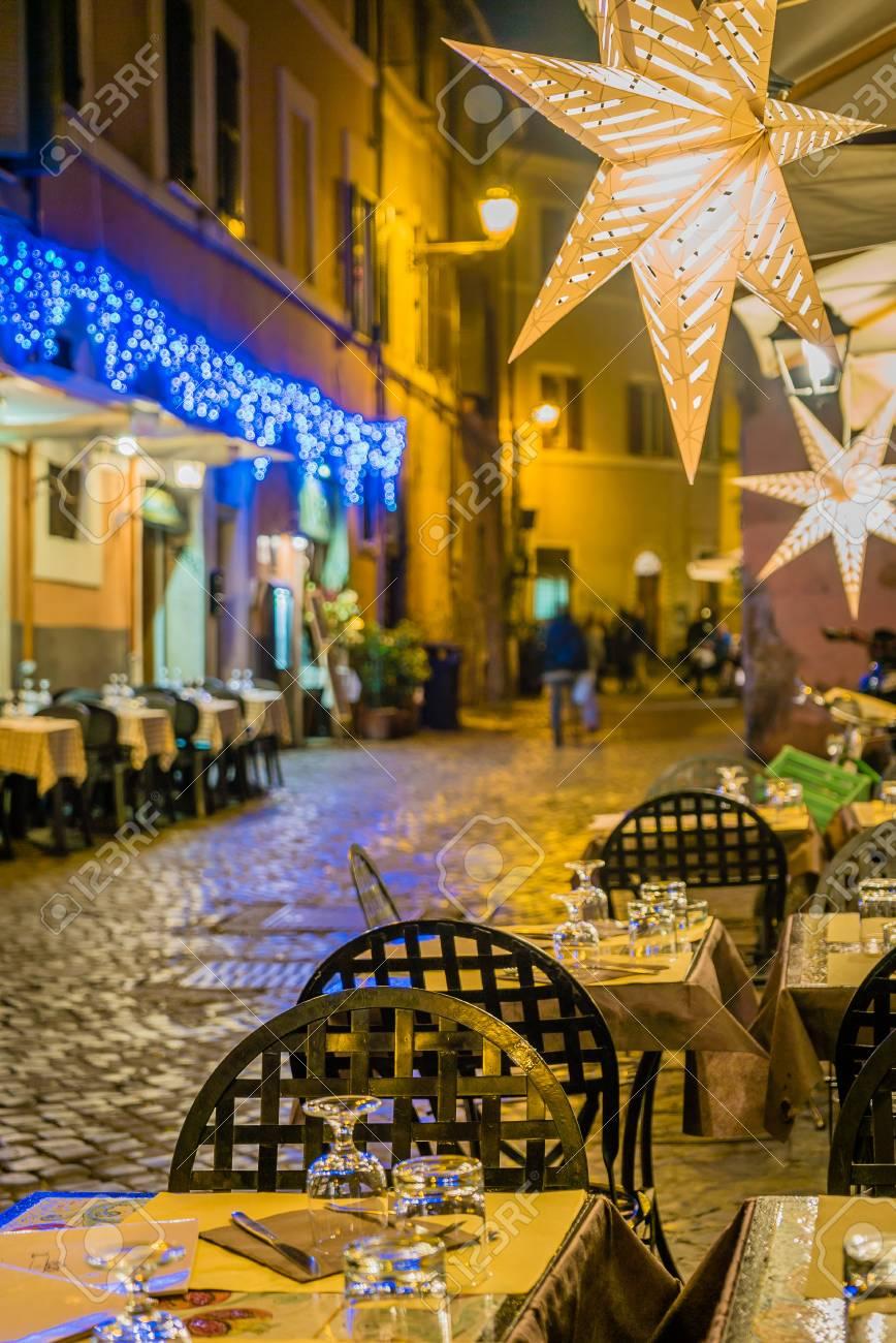 Restaurante Terraza En Roma Por La Noche En Navidad