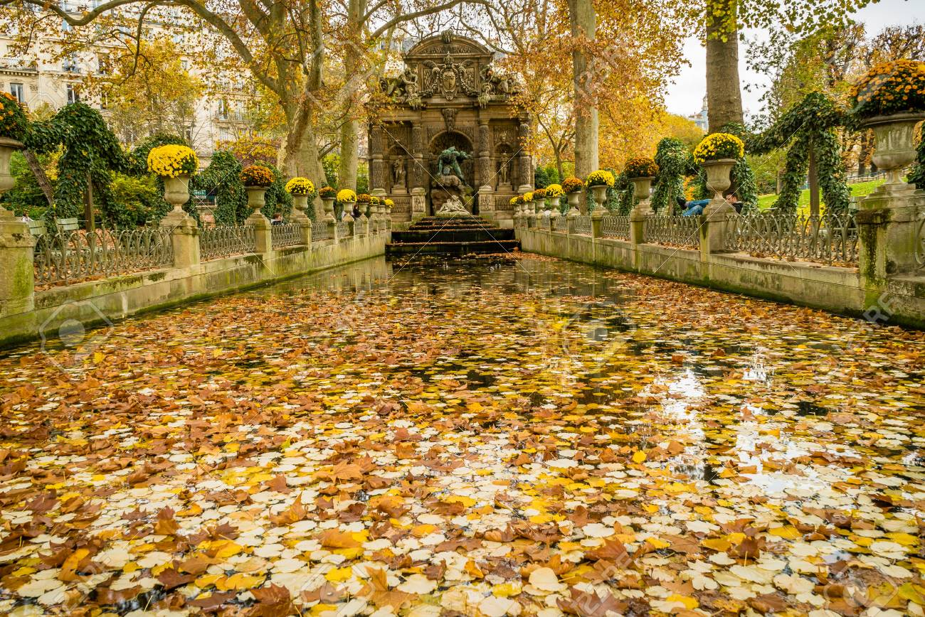 Jardin De Stéphane Marie medici fountain in jardin du luxembourg in france, in autumn..