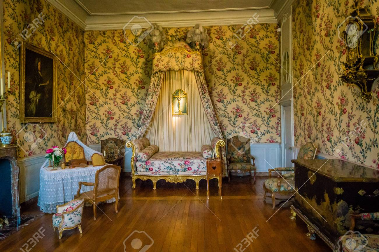 Bedroom of the 18th century in a castle in France