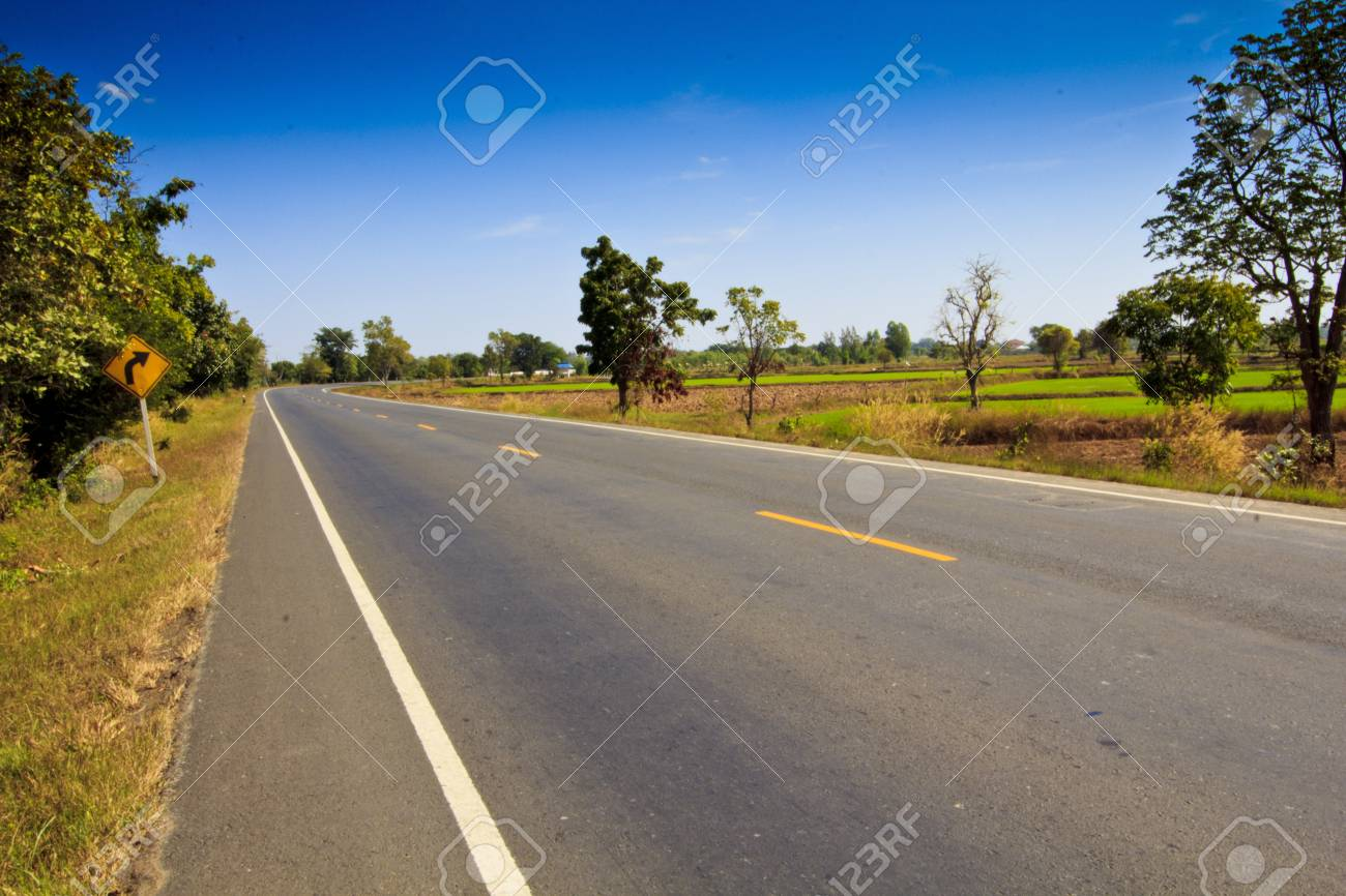 Asphalt Road in Country Stock Photo - 16905454