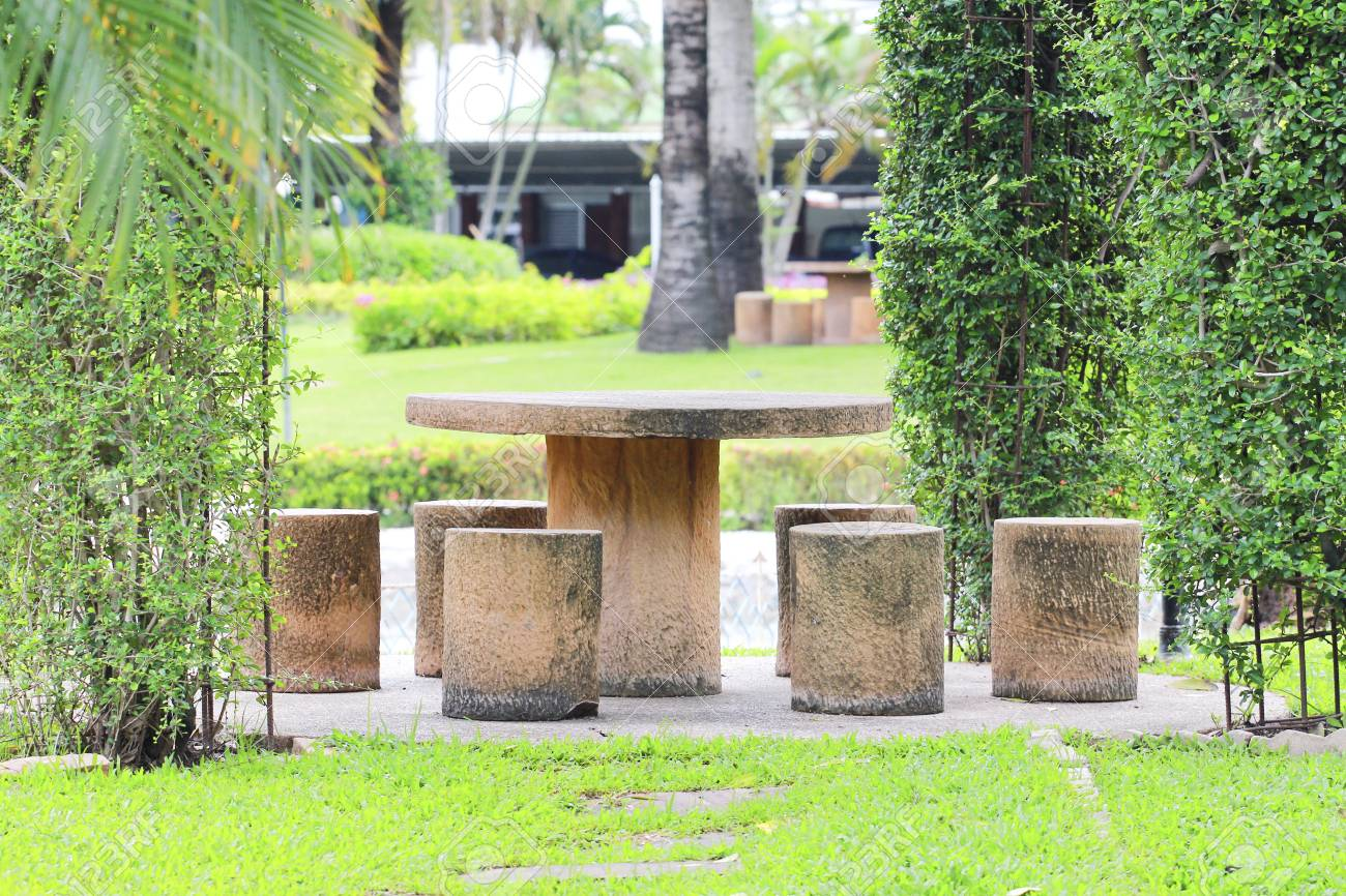 Rest table set in the park. Stock Photo - 22411146