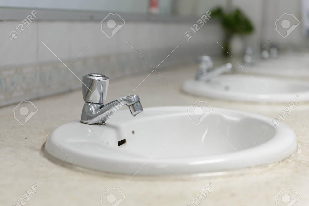 Rubinetti bagno e cucina miscelatori termostatici per doccia e vasca