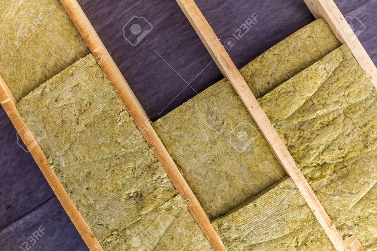 Warmedammung Mineral Steinwolle Installation An Der Neuen Dachboden