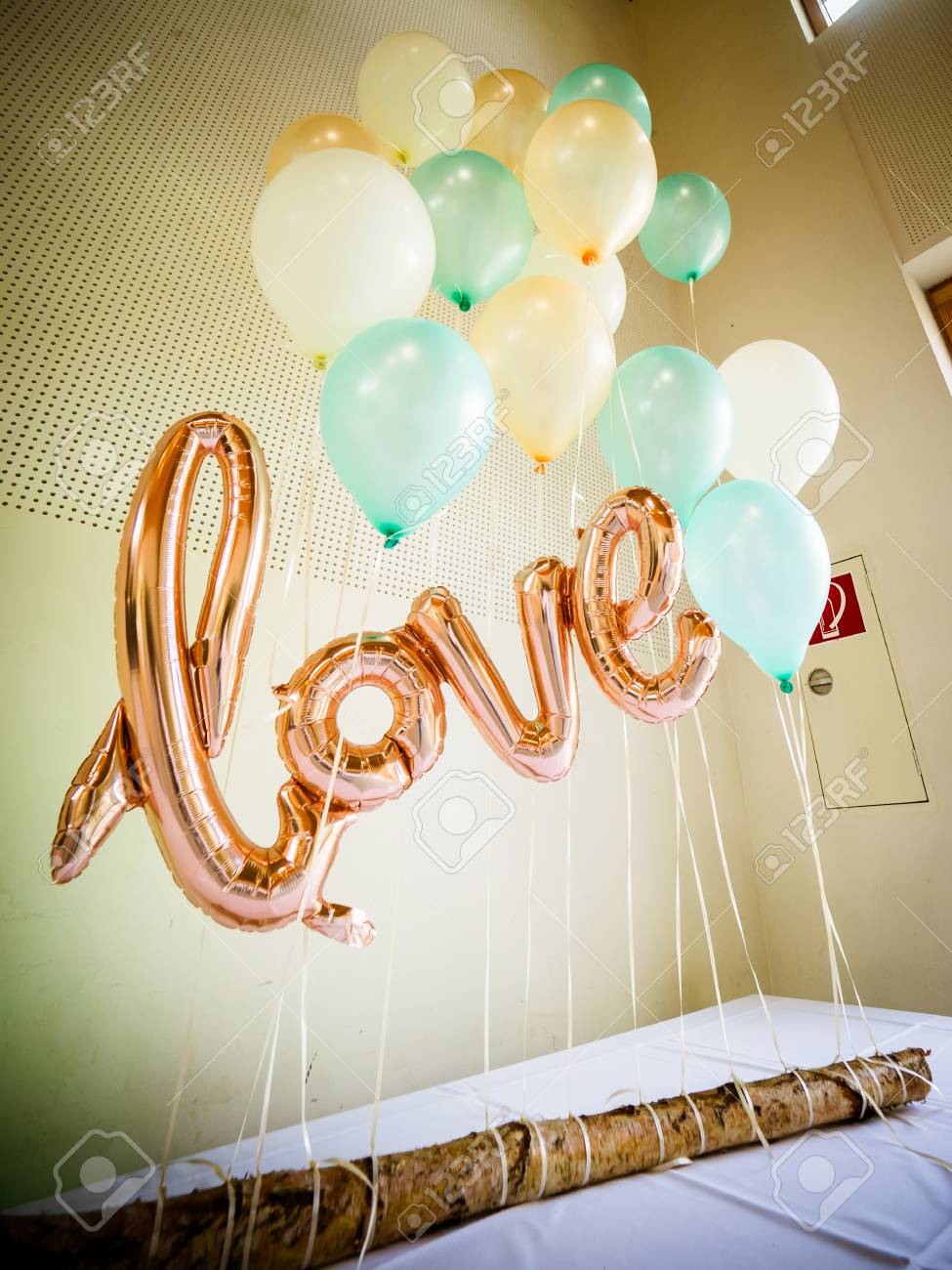 The Helium Balloon For The Wedding
