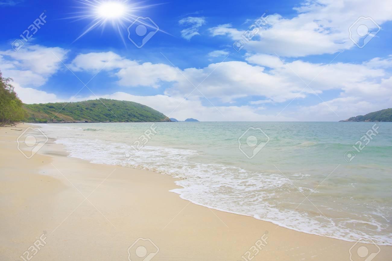 Sea beach sky Stock Photo - 12723829