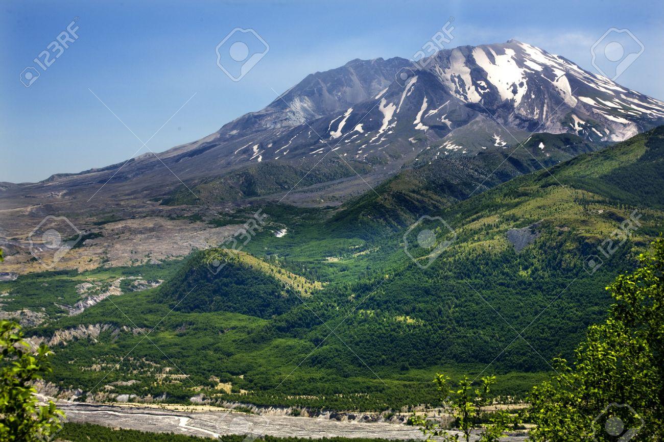 Green Mountans River Snowy Mount Saint Helens Volcano National Park Washington Stock Photo - 3513717