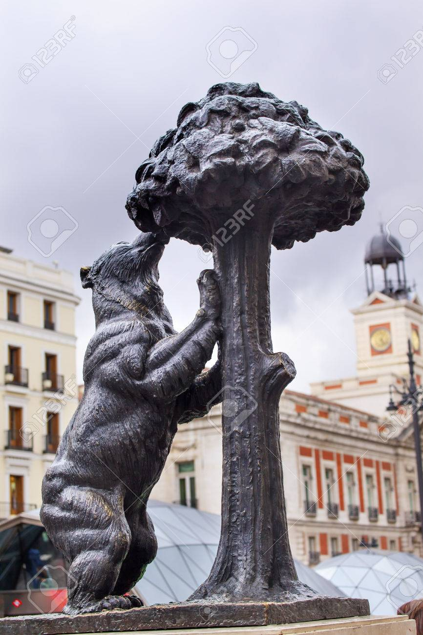 Bear And Mulberry Tree El Oso Y El Madrono Statue Symbol Of Madrid