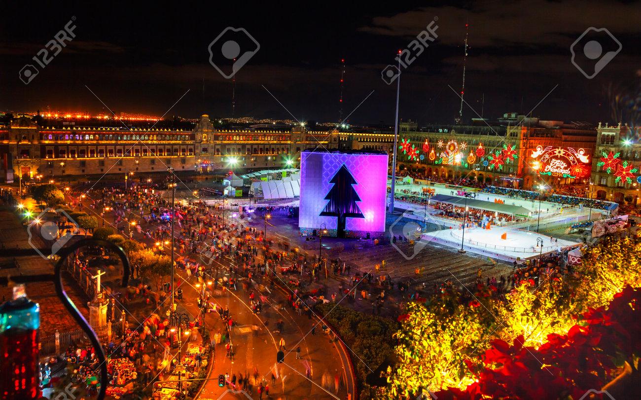 Does Mexico Celebrate Christmas.Mexico City Zocalo Christmas Night Celebration Ice Skating Rink