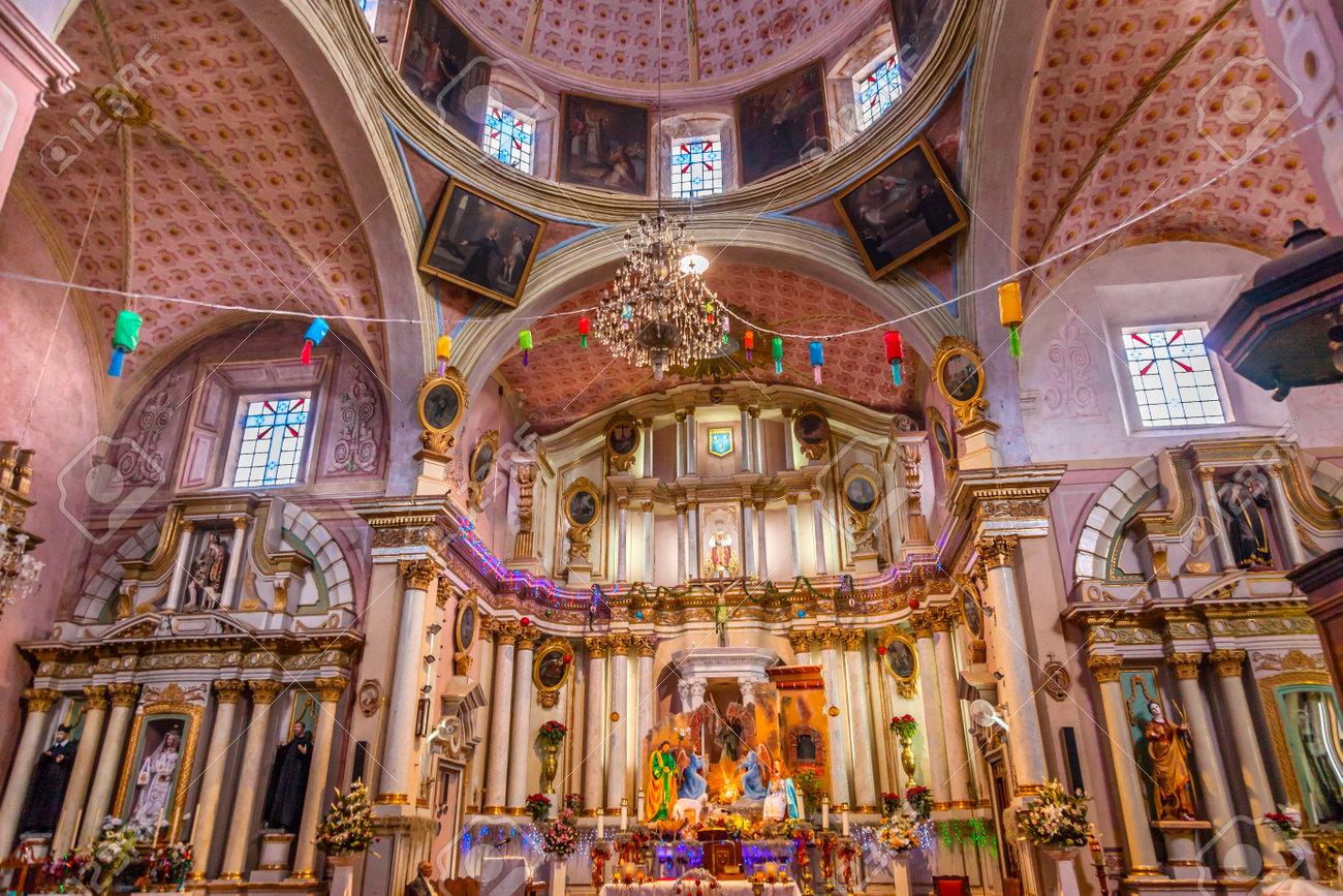 Basilica Altar Christmas Decorations Templo Del Oratorio De San