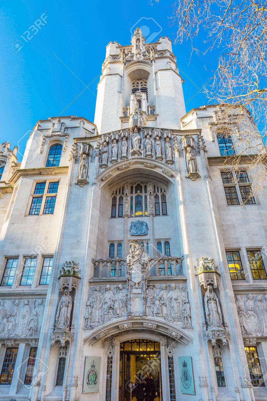 最高裁判所は米国イギリス ミド...