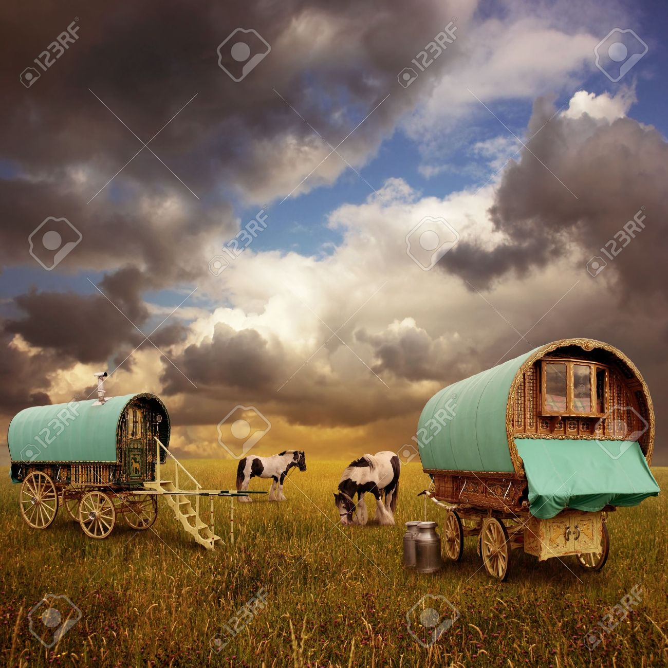 Old Gypsy Caravans, Trailers, Wagons with Horses - 10291214