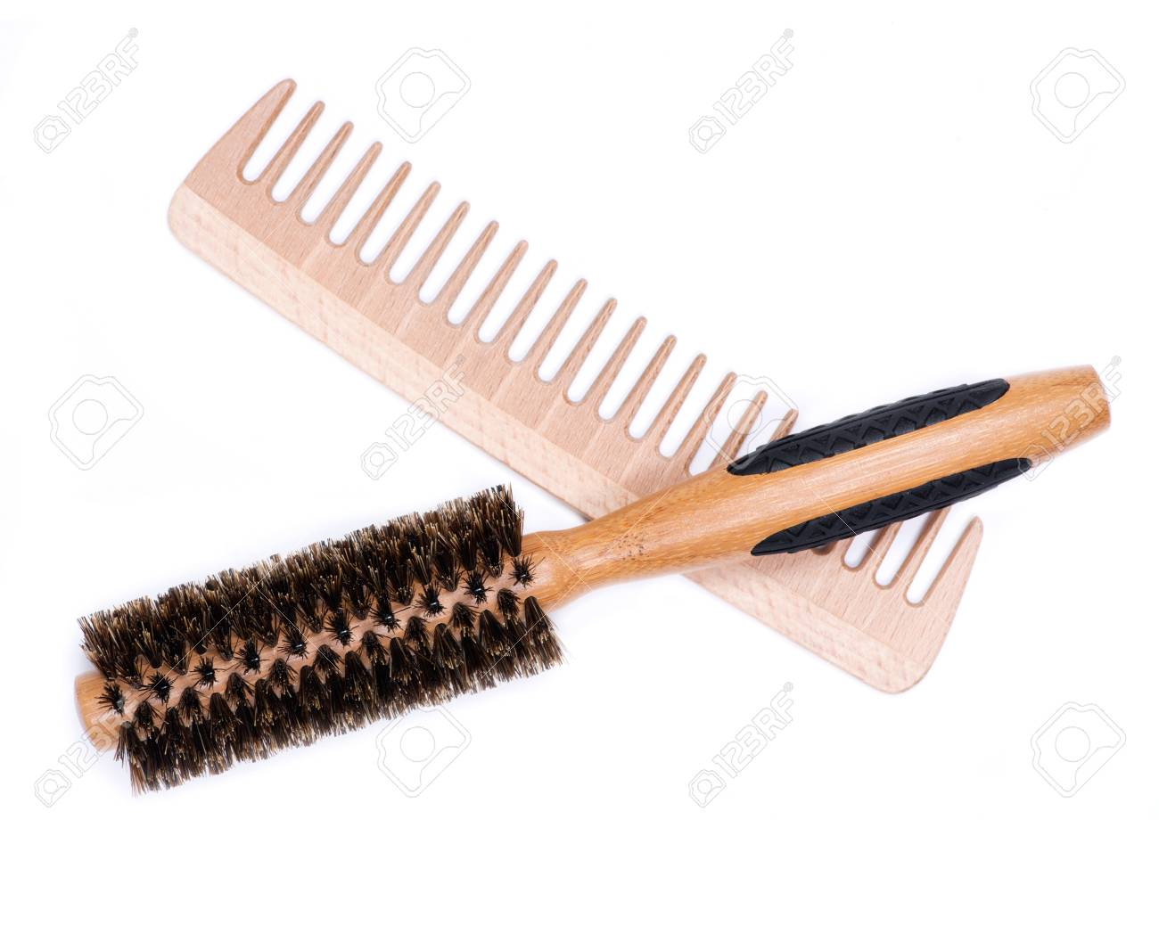 Round natural bamboo hairbrush with wild boar bristles and wooden