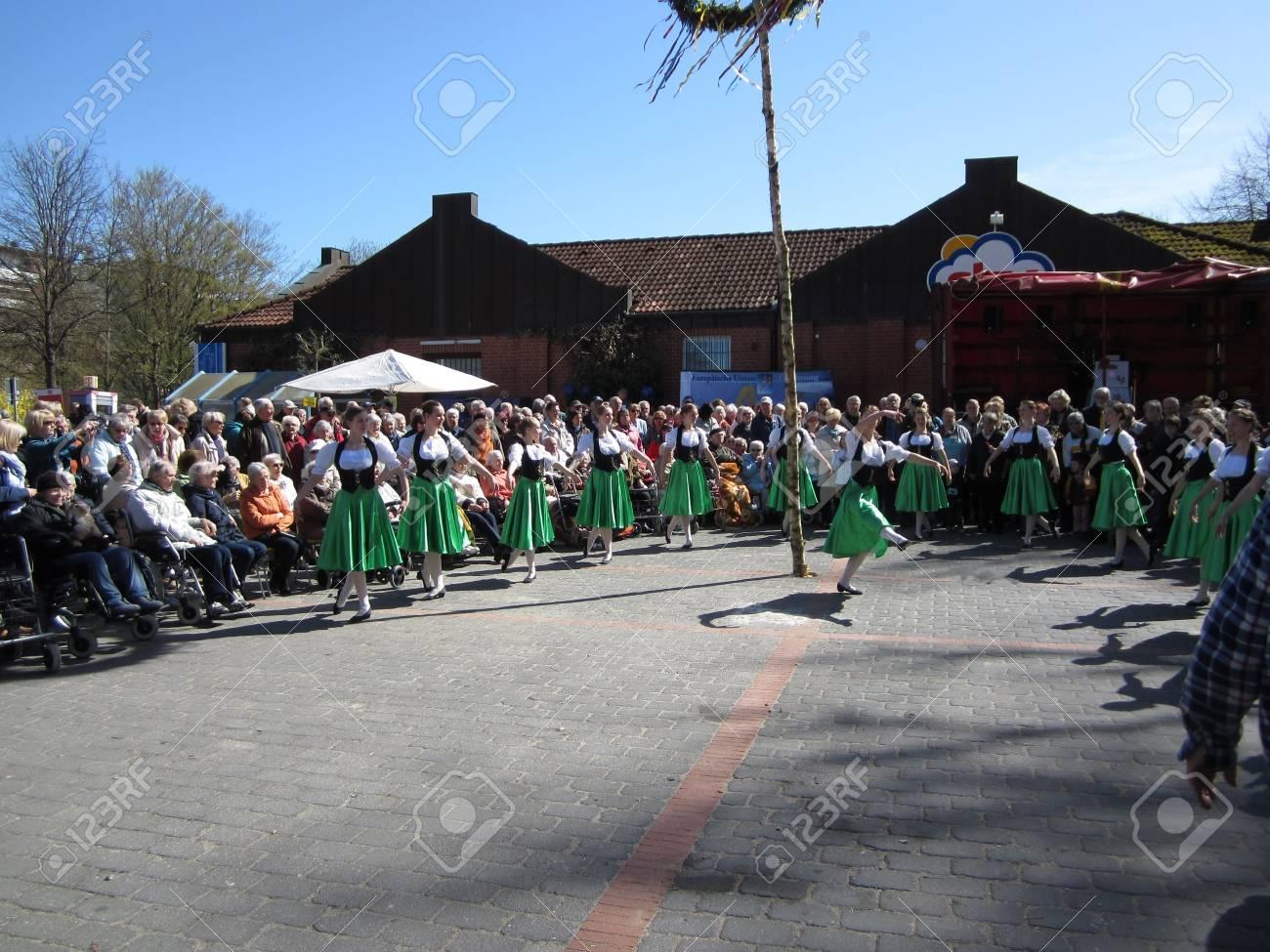 Dancing around the maypole Stock Photo - 20132896