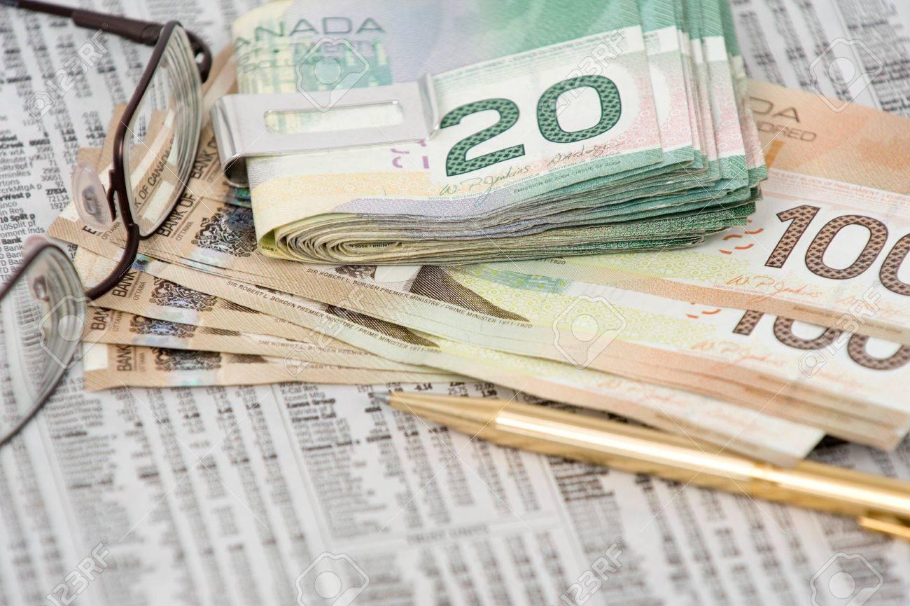100 Clip En Y De 20 En El La Dólares Canadienses Dólares Billete wgcIq8a