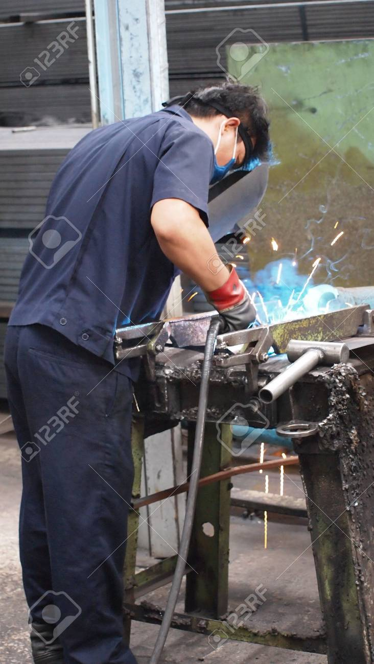 Stock Photo - People Welding with sparks Stock Photo - 18491144