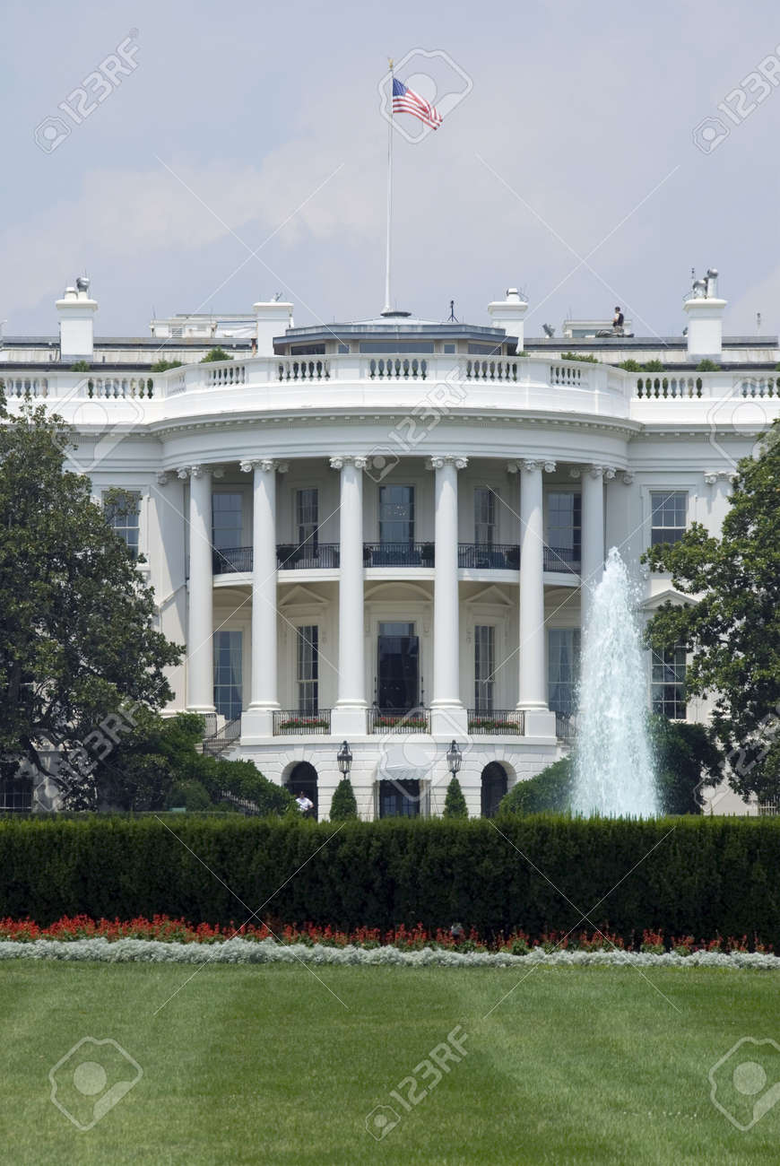 The south face of the White House in Washington on a hot and hazy summer afternoon. Stock Photo - 1747285