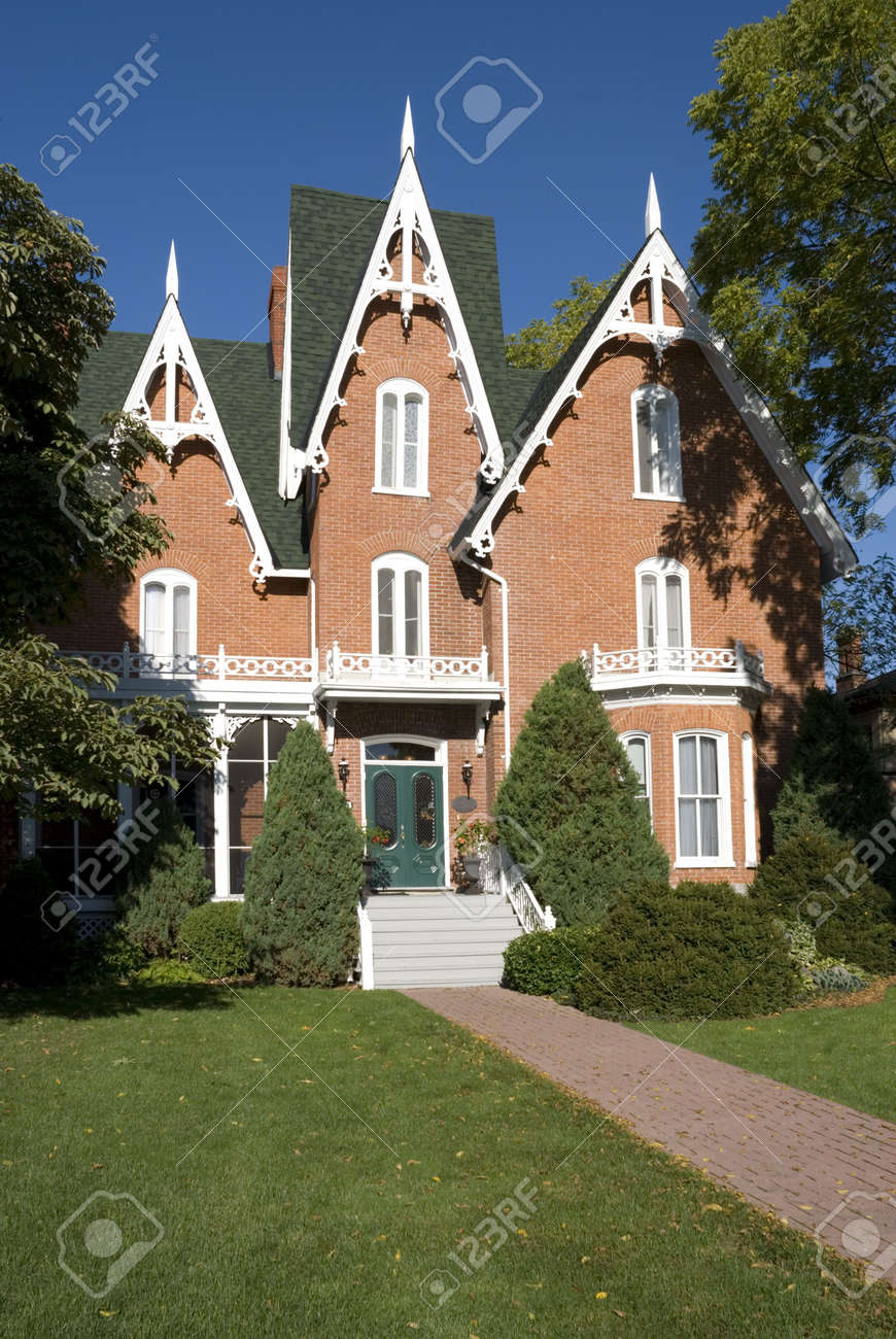 Good An Ornate, Nineteenth Century North American Red Brick House In Late  Summer. Stock