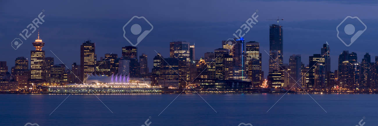 The lights of downtown Vancouver, Canada, at dusk. The city will be hosting the 2010 Winter sports competitions. Stock Photo - 3101384