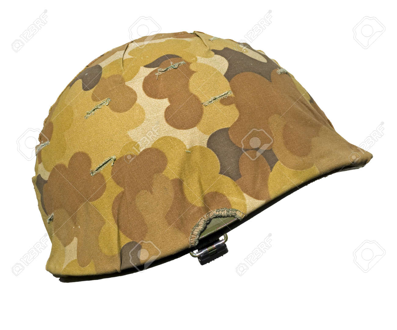 A US military helmet with an M1 Mitchell cloud pattern, or autumn-winter,