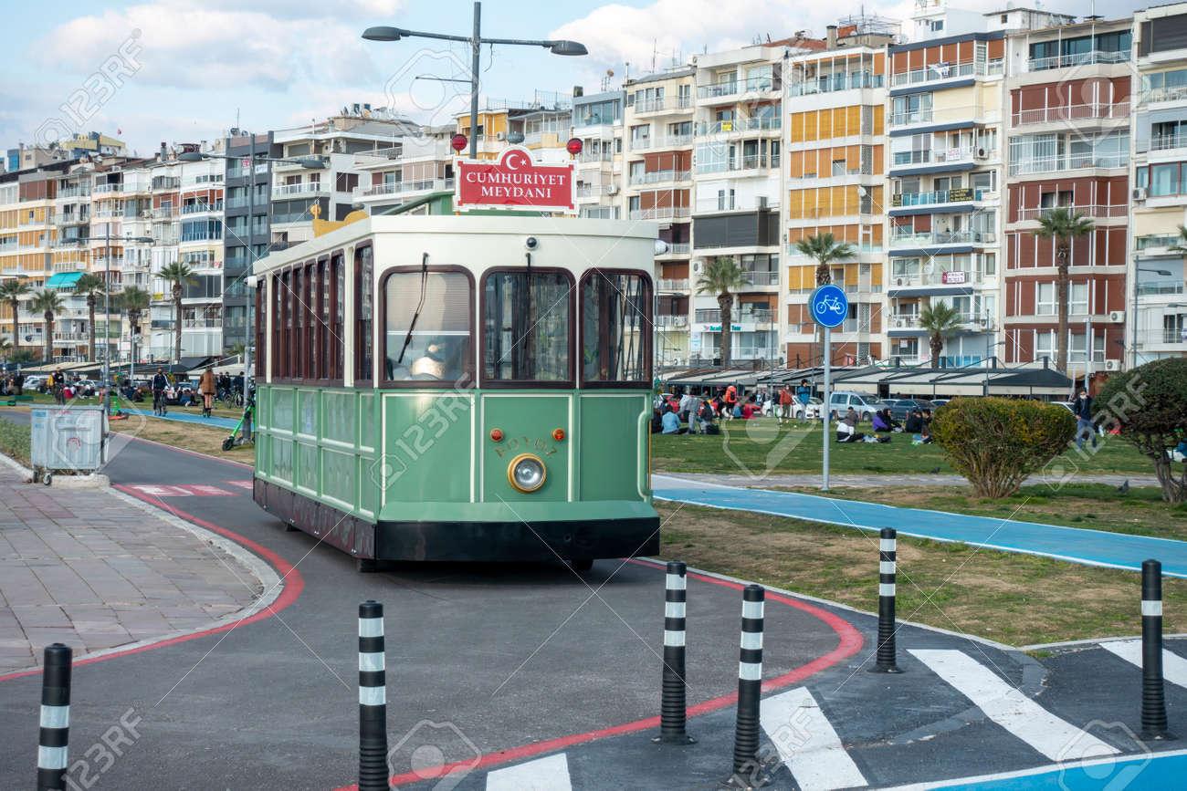 Access to historical tram on the Izmir beach - 166667655