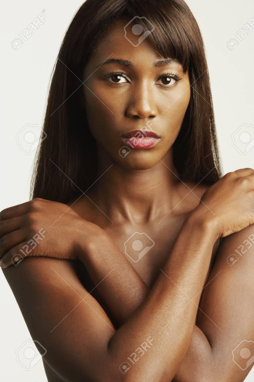 Nackte afrikanische Dame