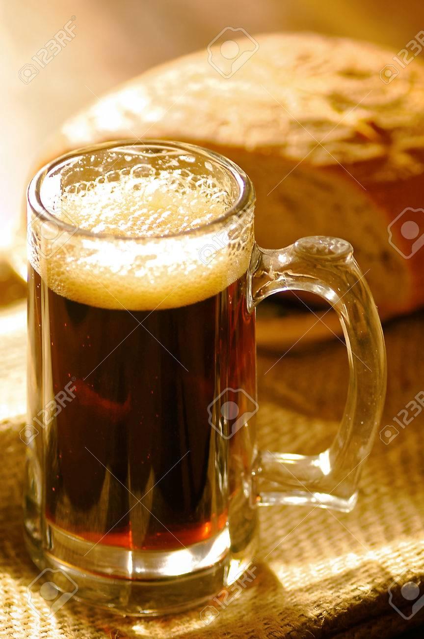 ロシアの伝統的な飲み物クワス ...